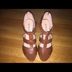 Sz 8 guess heels